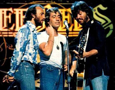 Солист группы Bee Gees впал в кому