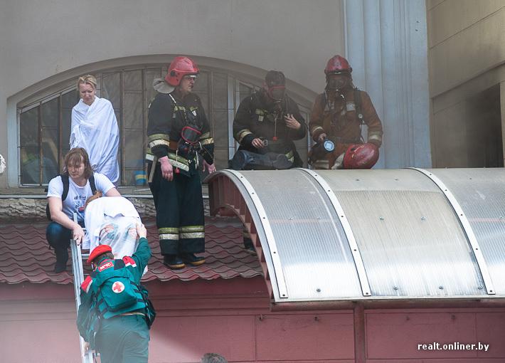 """Эвакуация людей из СОЦ """"Олимп"""""""
