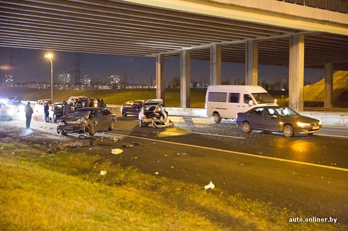 В Минске на МКАД произошла авария с участием 7 автомобилей