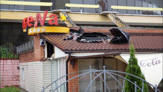 загорелась крыша кафе