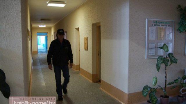 школьный коридор, где появляется привидение