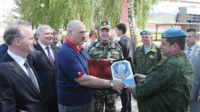 Лукашенко об армии