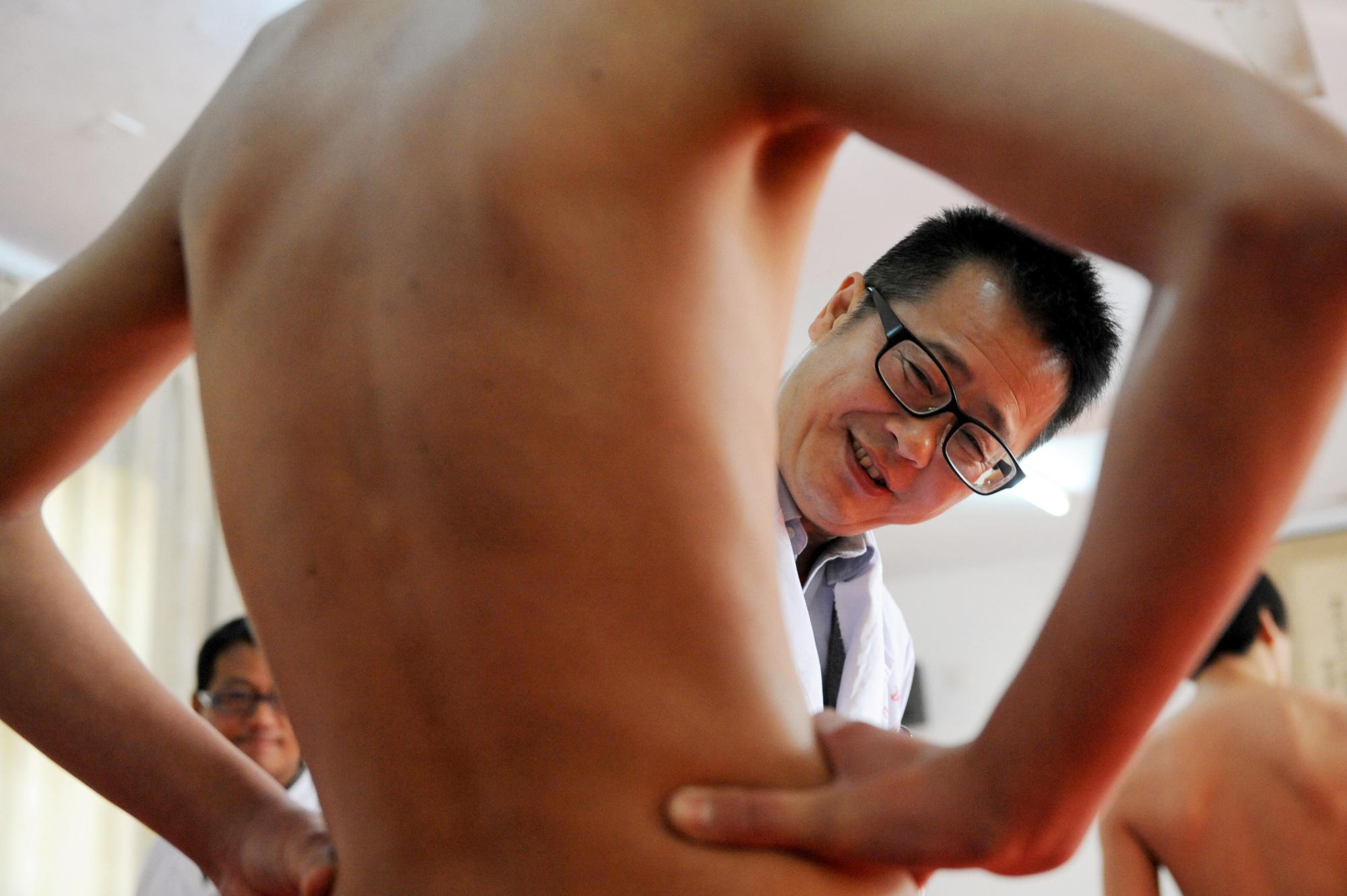 Смотреть онлайн без регистрации на осмотре у японского доктора 10 фотография