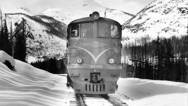 Поезд на БАМе