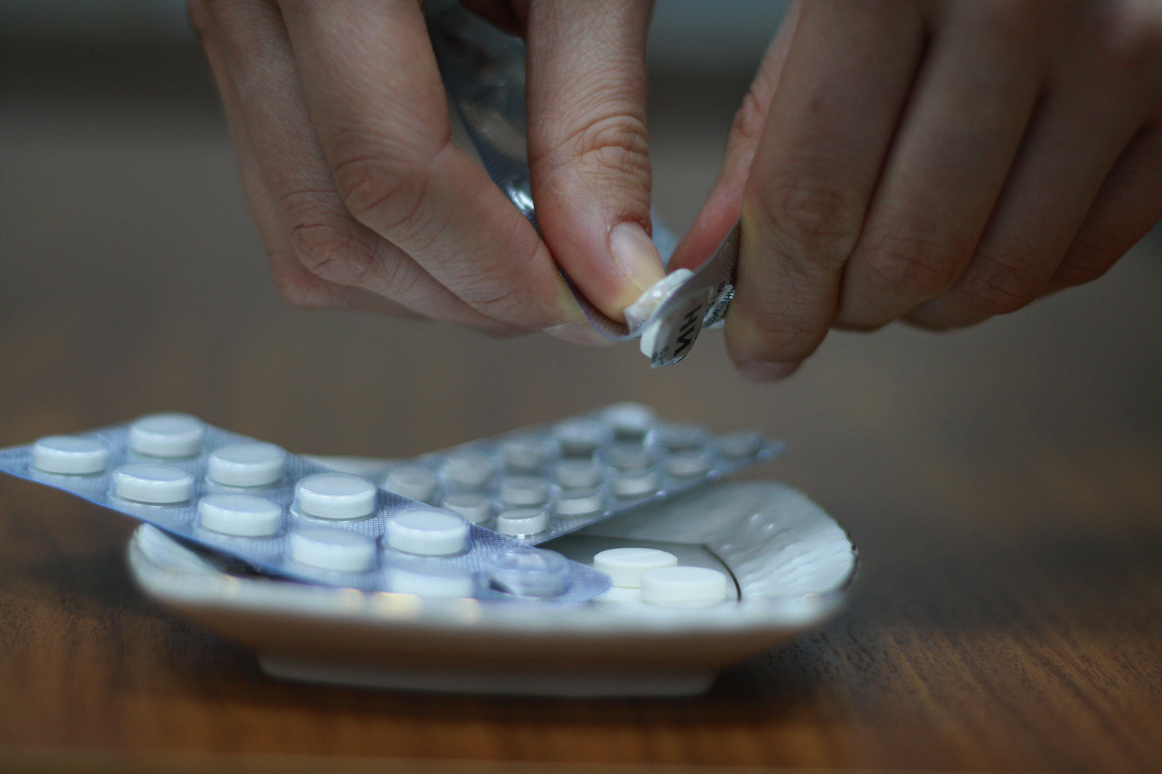 Во Франции испытание нового лекарства привело к национальной трагедии