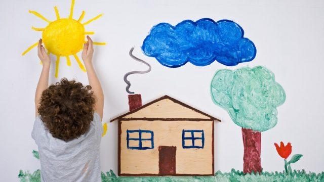 Рисунок и мальчик