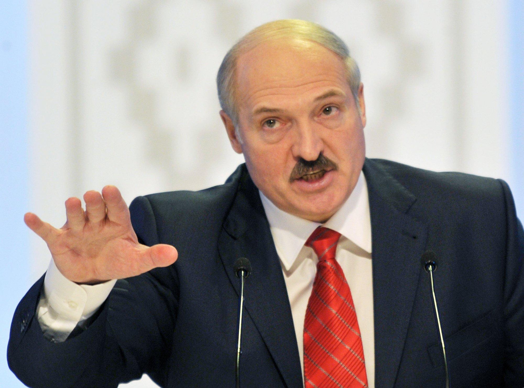 Александр Лукашенко: ''В российской колбасе соя и туалетная бумага'