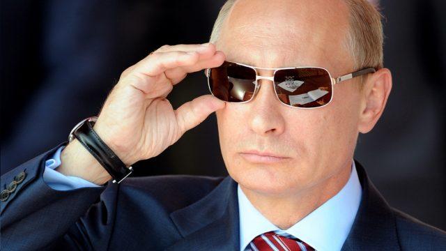 Путин прибывает в Минск