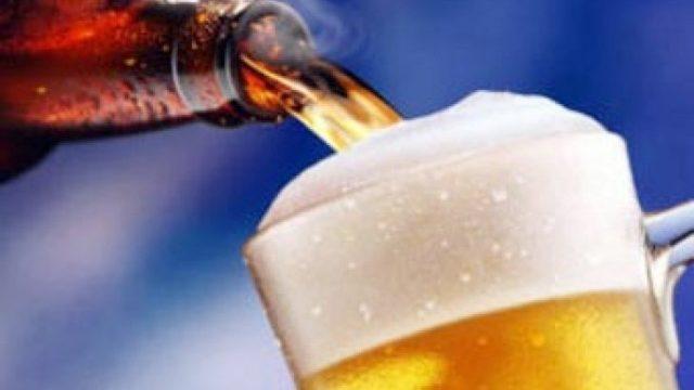 Прихвативший чужое пиво парень увидел себя всети ипозвонил вмилицию