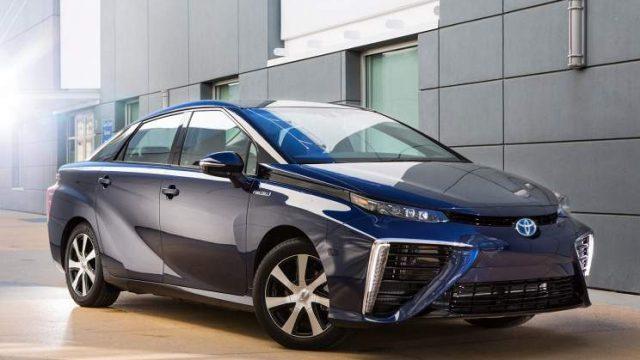 Машина с водородным двигателем