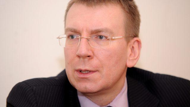 Глава МИД Латвии гей