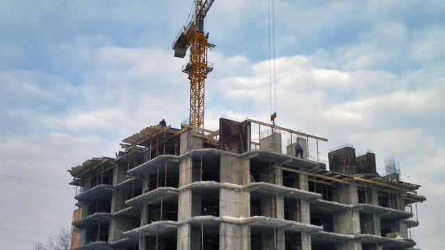 Новые семиэтажные дома