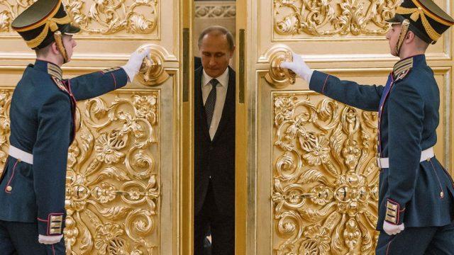 Путин прибыл на сессию ОДКБ