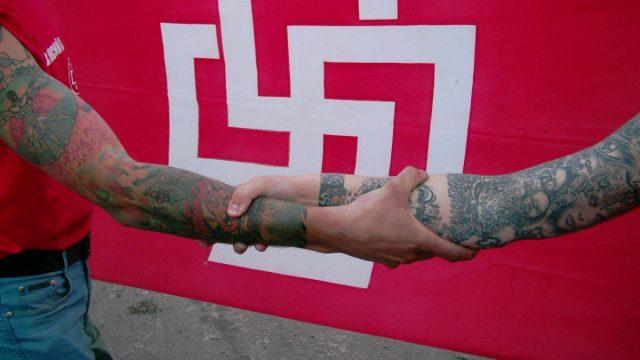 В Бресте неонацисты избили подростка