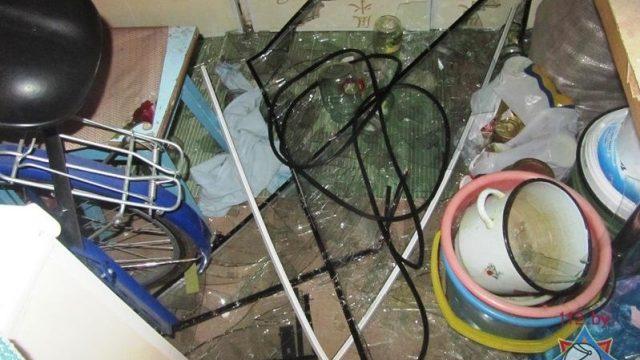взрыв в квартире от дезодоранта