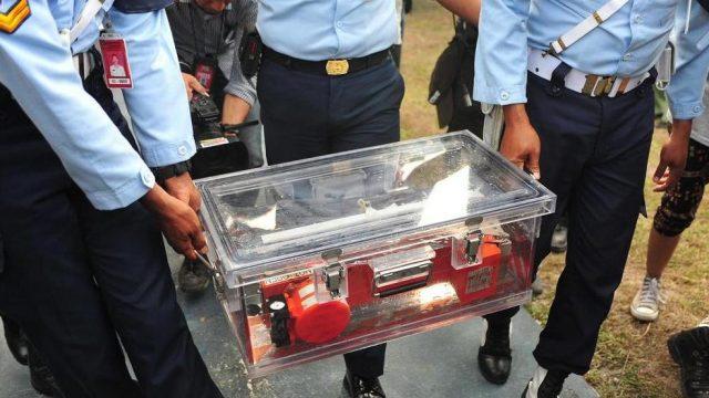 бортовой самописец  AirAsia QZ8501