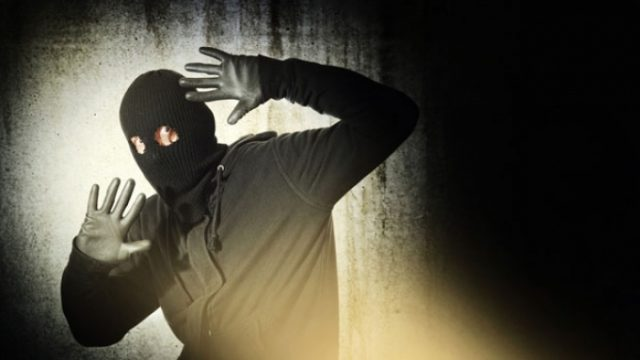 В Гомеле ночью неизвестный пытался ограбить магазин