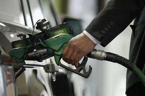 С 13 января в Беларуси подорожает бензин