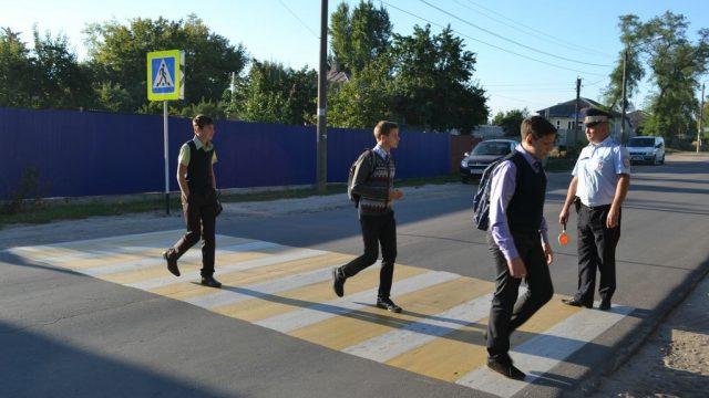 В Гомеле на пешеходном переходе автомобиль сбил подростка