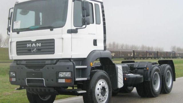 В Солигорском районе мужина похитил 235 л. дизельного топлива из бака грузовика