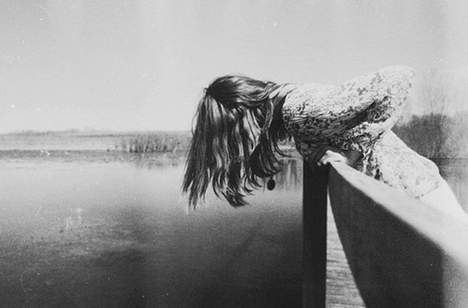 В Гомеле беременная девушка хотела сброситься с моста