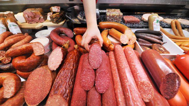 Россельхознадзор обнаружил в белорусском мясе палочковидные бактерии