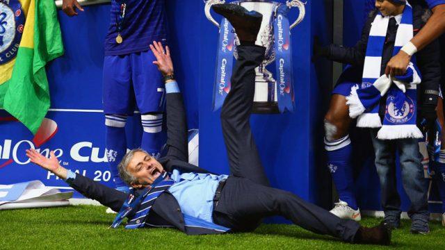 Жозе Мауринью празднует победу