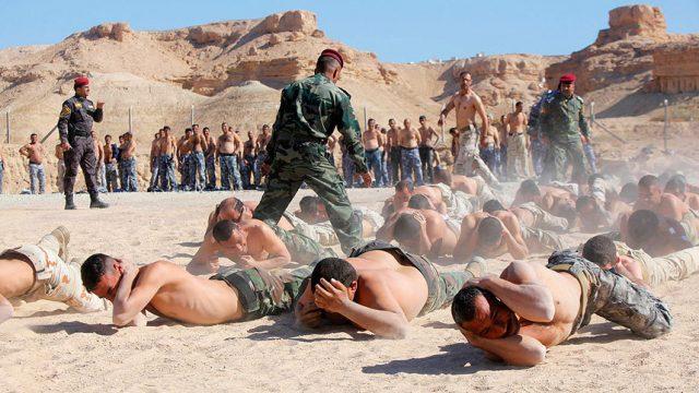 учения шиитских боевиков