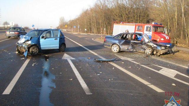 ДТП в Жабинковском районе : случайные свидетели спасли водителя