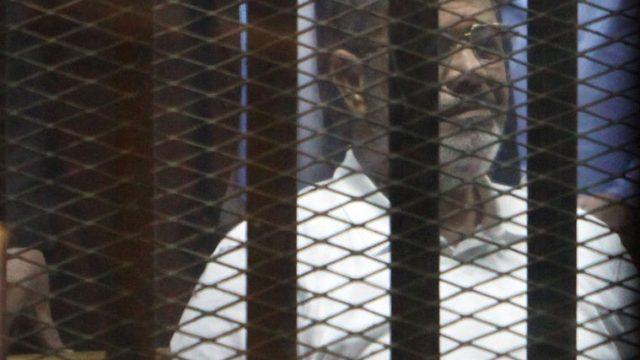 свергнутый президент Египта в суде