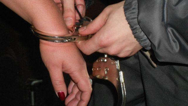 Арест женщины