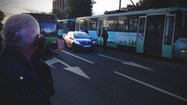 Авария у трамвая