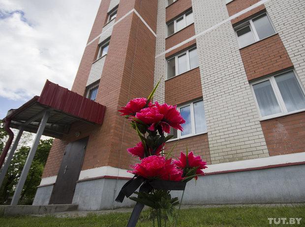 В Бресте из окна общежития выбросилась 20-летняя девушка