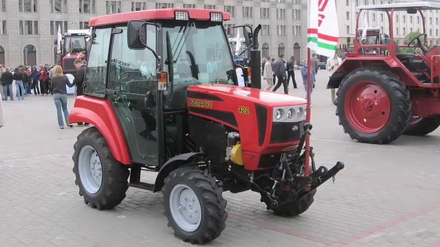 К государственном магазине, продающим с/х технику обнаружена недостача в 224 млн. рублей