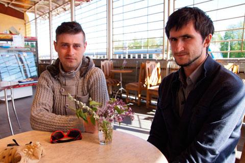 В Жлобине неизвестные избили гея и сняли нападение на камеру