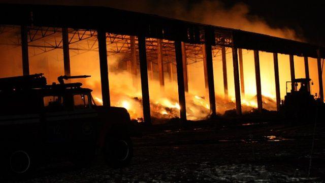 СК: Сотрудник Воложинского льнокомбината поджог здание после того, как его уволили