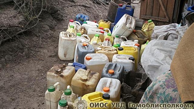 Житель Лельчицкого района хранил дома 800 литров дизеля