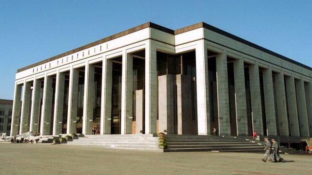 Александр Лукашенко вручит лучшим выпускникам ВУЗов благодарности Президента
