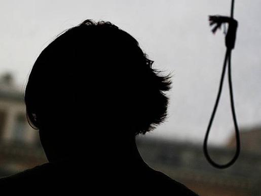 Суицид в Гродно - молодой парень повесился на ремне