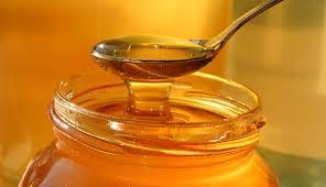 В Гомеле мошенница продавала вареный сахар вместо меда