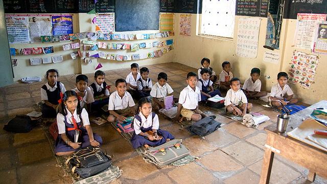 В индии мужчина с 1969 года безуспешно пытается сдать школьные экзамены