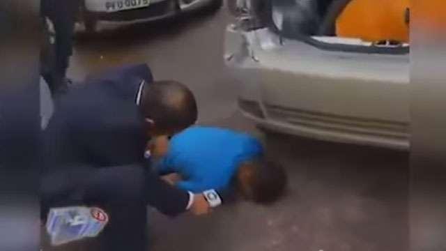 Бразильский репортер попытался расспросить погибшего парня