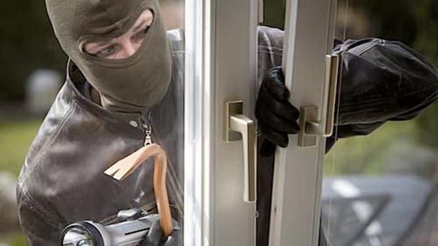 Милиция напомнила об учащающихся случаях квартирных краж в период летних отпусков