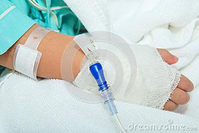 Завершено расследование уголовного дела в отношении врача, по вине которого 11-летнему мальчику ампутировали руку