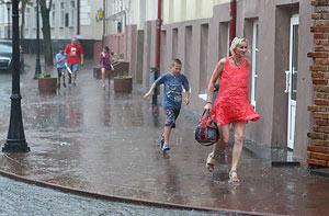 Завтра в стране будет облачная погода с дождями и грозами