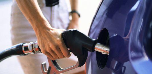 Поставки бензина