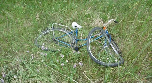 В Малоритском районе автомобиль насмерть сбил велосипедистку