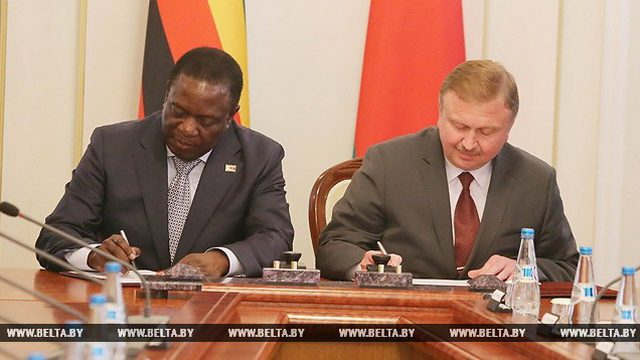 Зимбабве закупит у Беларуси технику на сумму в 150 млн. долларов