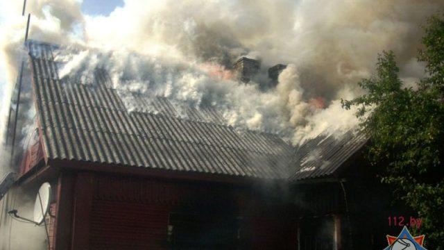 В Лиде мужчина вынес соседа из горящего дома