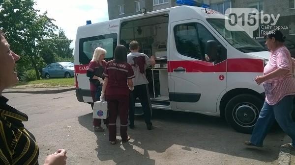 В Гродно преступник ворвался в квартиру и ранил жильца